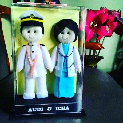 Boneka Couple Profesi Bidan