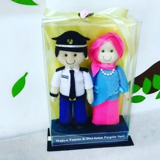Boneka Couple Pilot